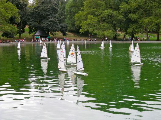 central-park-sailboats